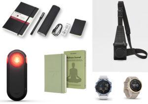 Moleskine Plus kit scrittura e Wellness journal / visore Garmin Varia / orologi 'Fenix' di Garmin / monospalla fotografo 'Holster'di Leica e Ermenegildo Zegna
